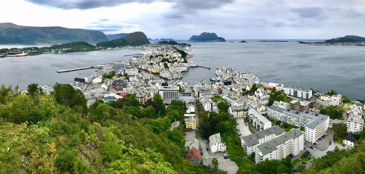 Von Runde über Alesund zum Geirangerfjord